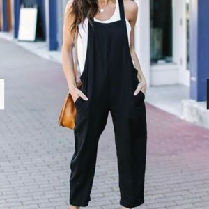 Pants - NWT POCKETED JUMPSUIT